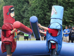 Principal, Hakan Onel jousting in the main event.